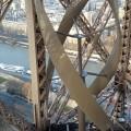 Eiffel Tower Wind UGE